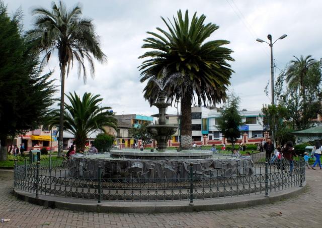 El parque central en Tambillo. Fuente: Seproyco